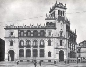 Una visita obligada: el edificio de Correos de Madrid